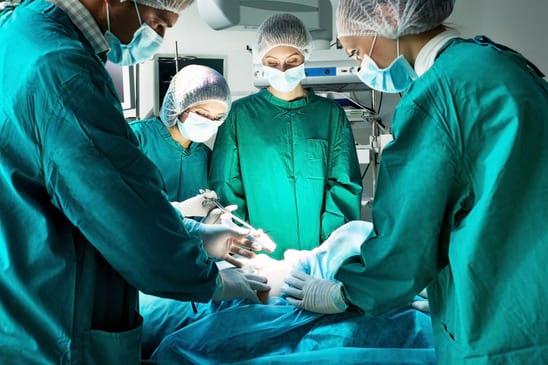 ניתוח השתלה לא סביר
