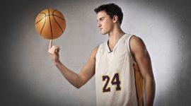 פגיעה בעבודה של שחקן כדורסל