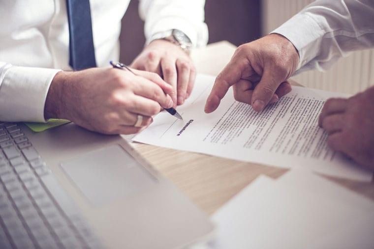 ייעוץ עם עורכי דין