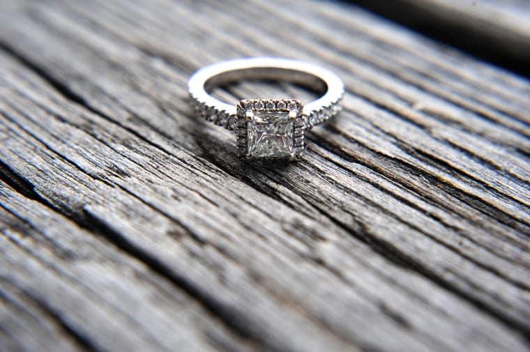 טבעת יהלומים שאבדה