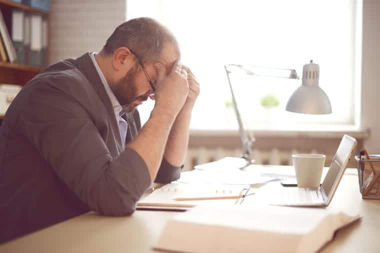אירוע מוחי כפגיעה בעבודה